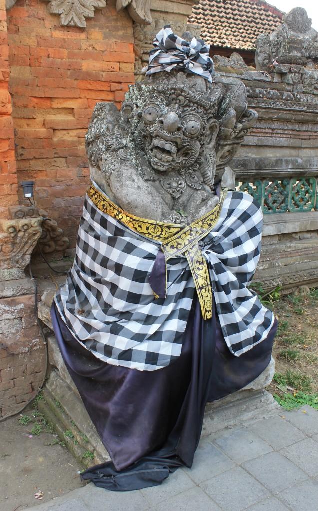 Saput Poleng Statue Ubud Bali