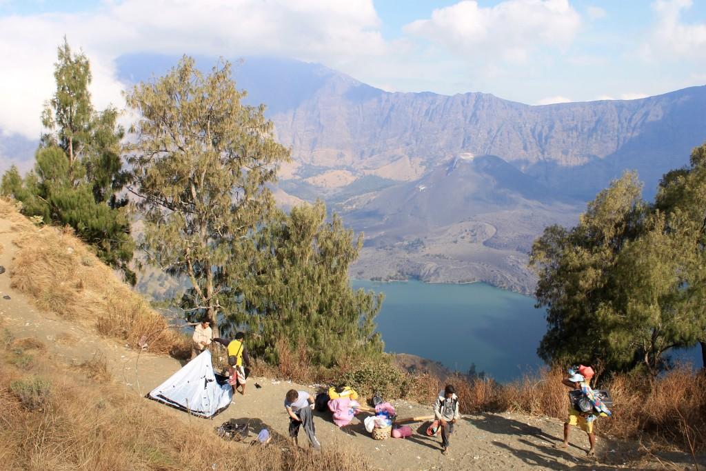 Setting up camp, Mount Rinjani