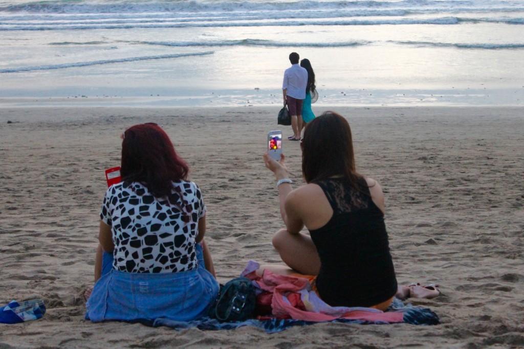 Sunset selfies, Kuta beach