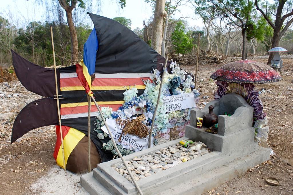 Cemetery Nusa Lembongan Bali