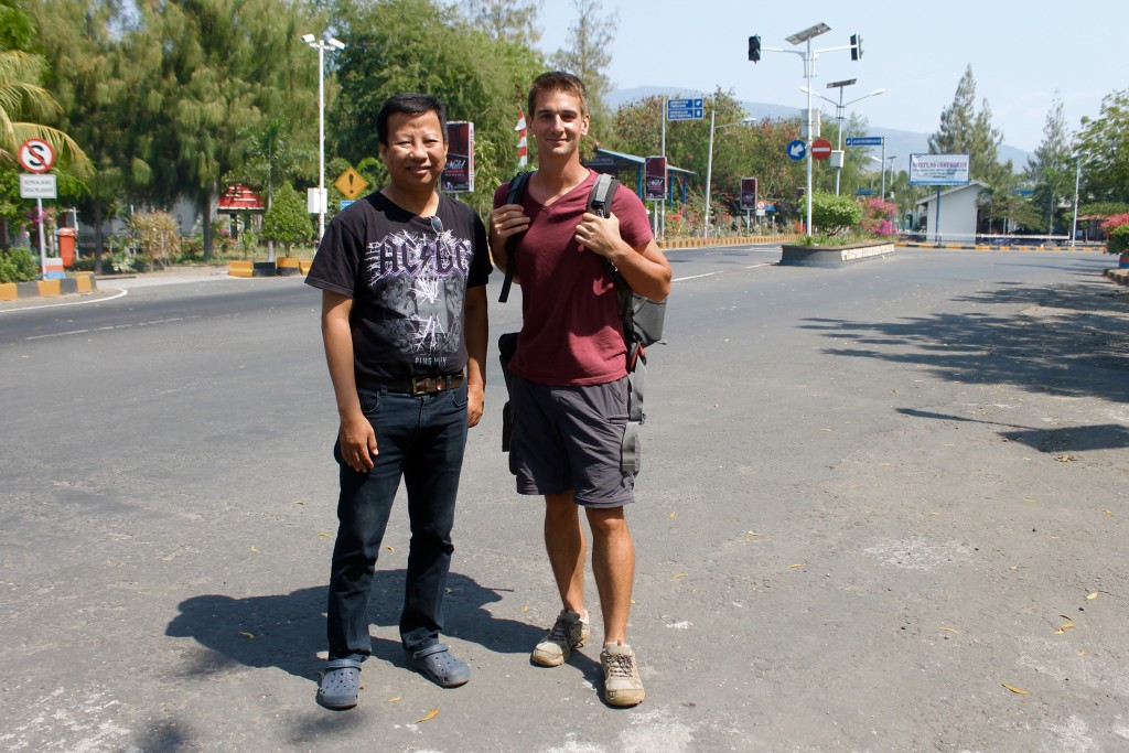 Hitchhiking Labuan Bajo
