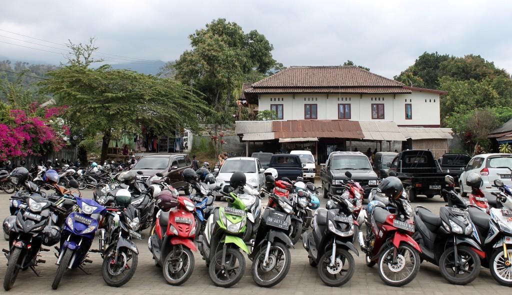 Ojek Motorbike Senaru Rinjani