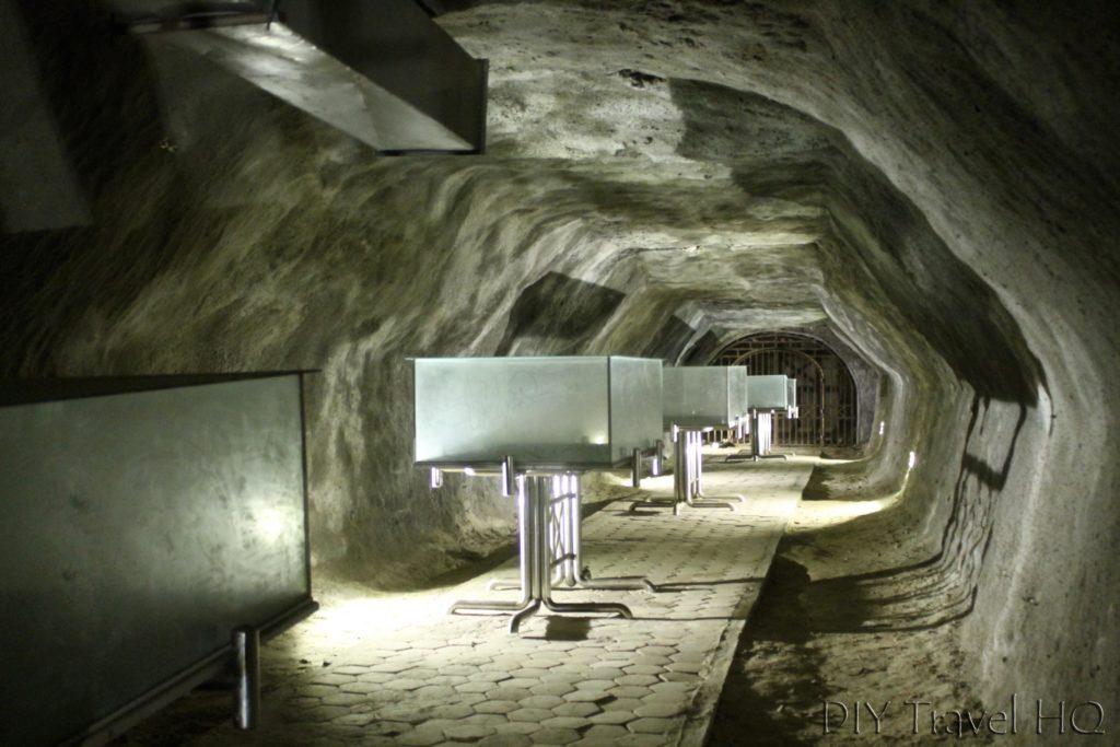 Secret Rooms Inside Japanese Caves Bukittinggi
