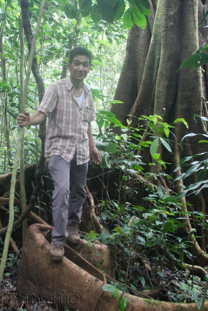 Rafflesia guide Johnny Bukittinggi