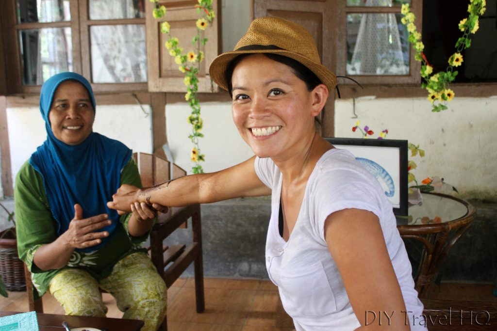 Coffee Luwak arm massage