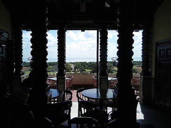 Restaurant view from Mansion Xanadu