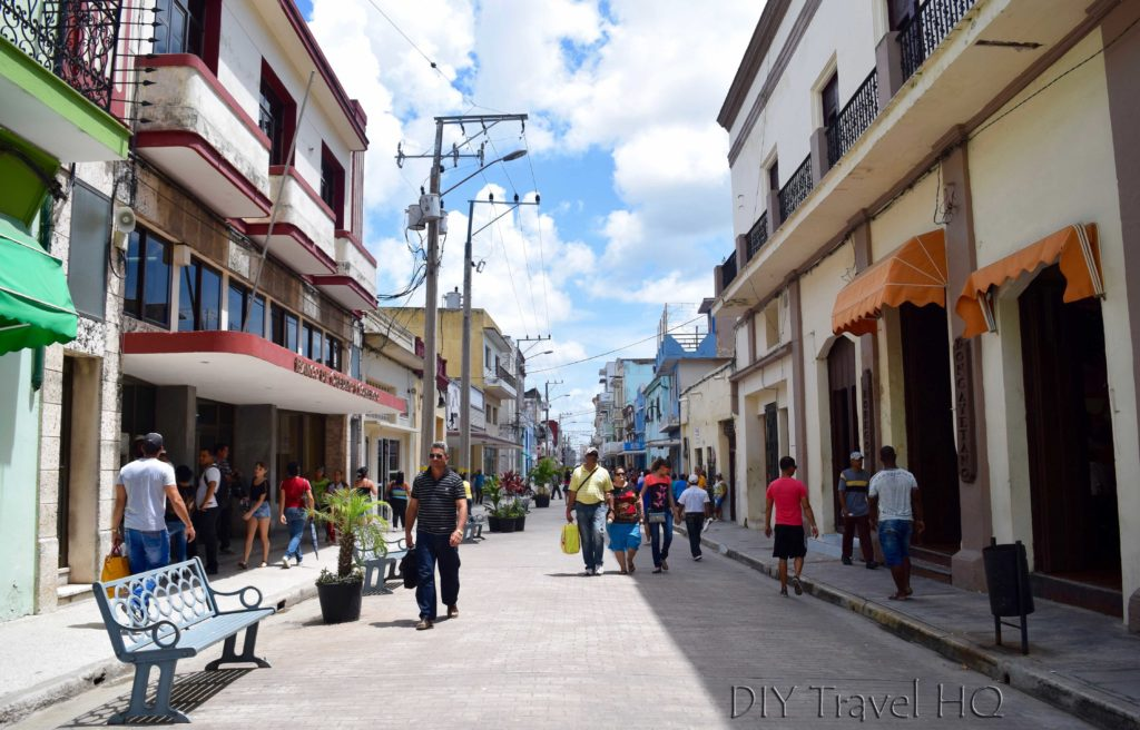 Calle Maceo shopping Camaguey