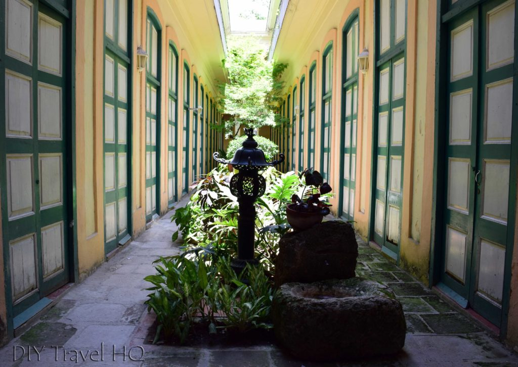 Old Havana Calle Mercaderes Casa de Asia