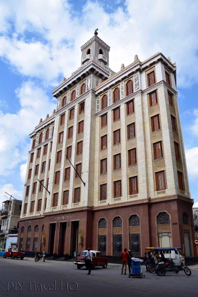 Old Havana Edificio Bacardi