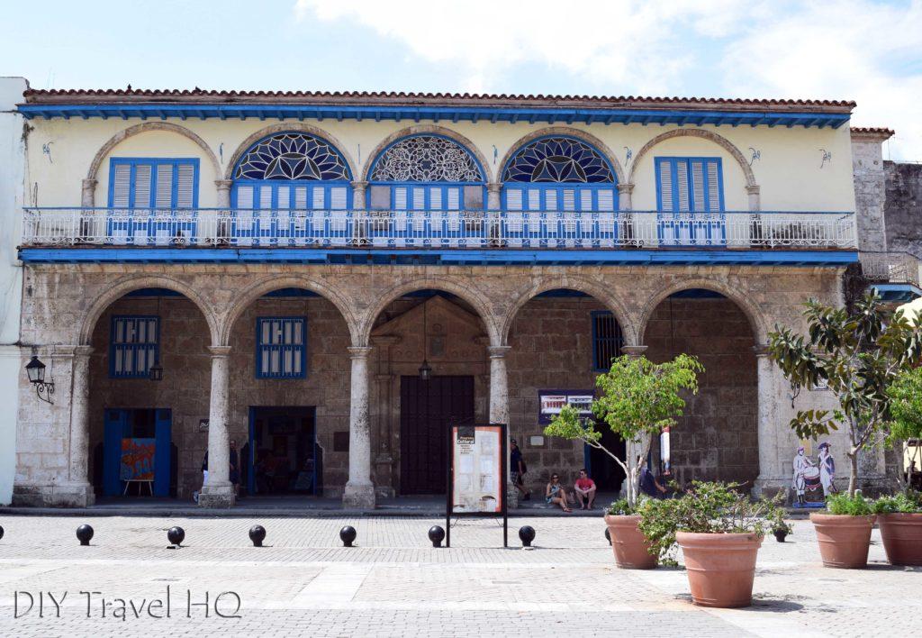 Havana walking tour La Casona Centro de Arte