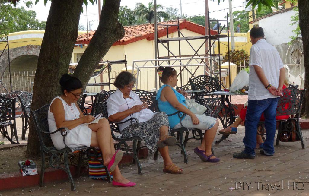 Sancti Spiritus Guayabera Shirt Sewing