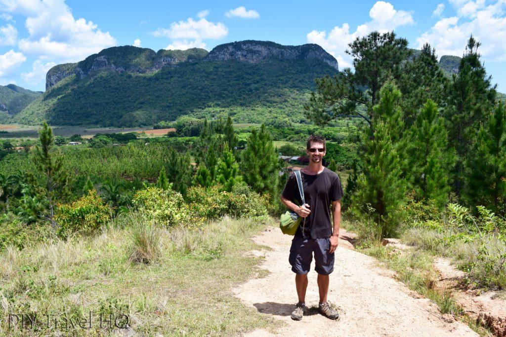 Hiking in Parque Nacional Vinales