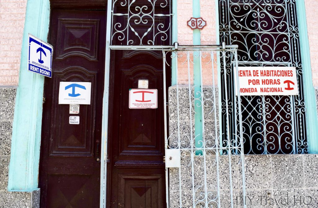 Casa Particulares Red & Blue Signs