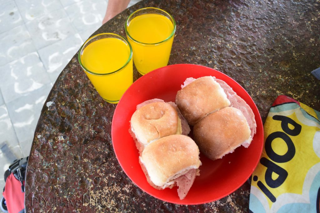 Refresh lunch in Cuba