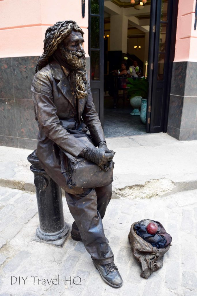 Busker in Old Havana
