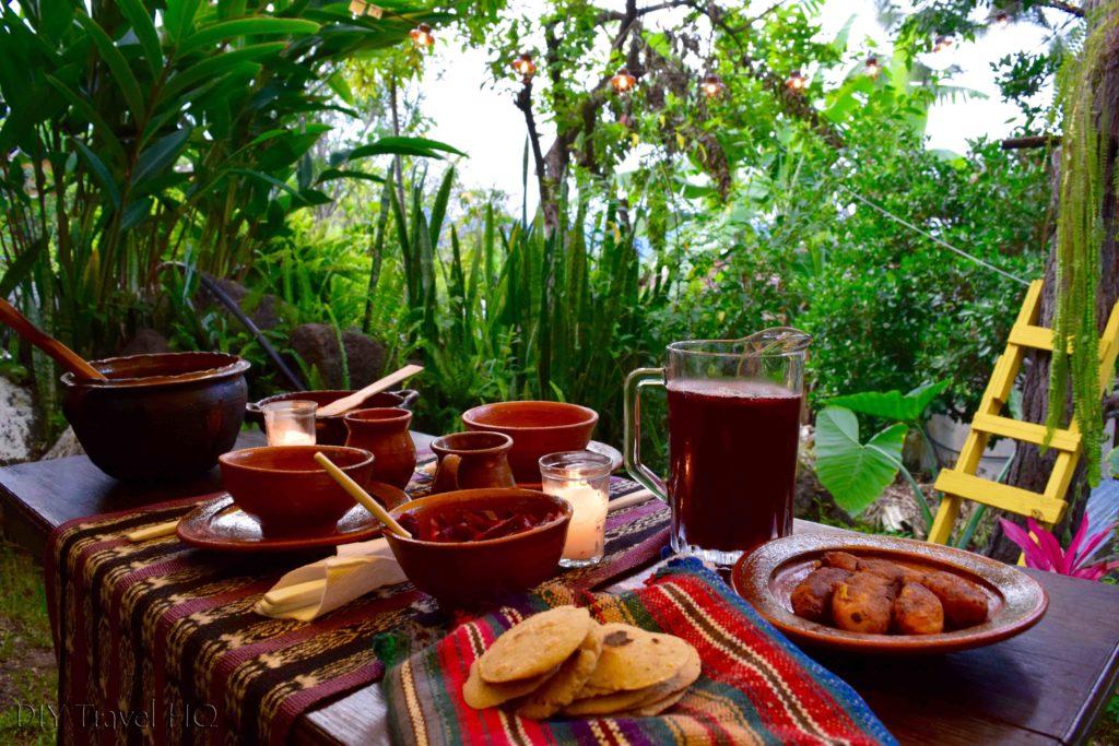 Time to eat at Ixiim