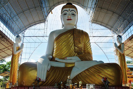 Sitting Buddha in Kawthaung