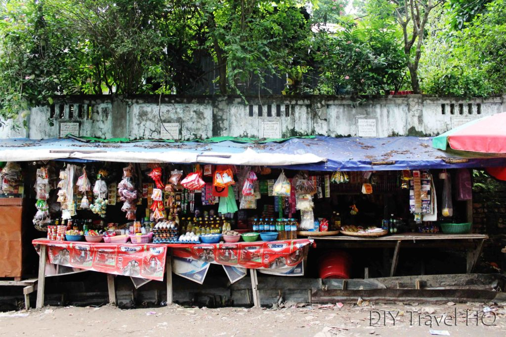 Street stalls in Yangon