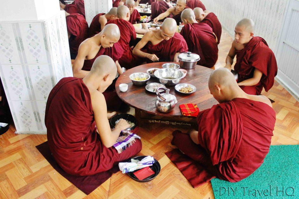 Lunchtime at Kha Khat Wain Kyaung