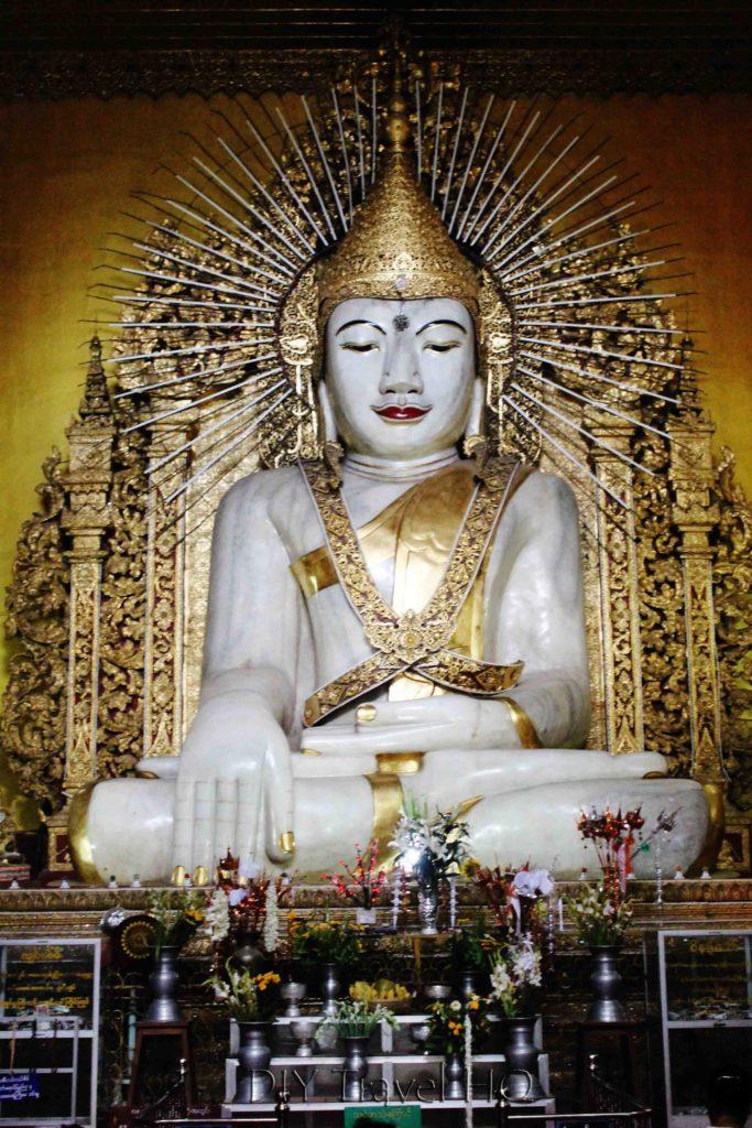 Kyauktawgyi Paya Buddha