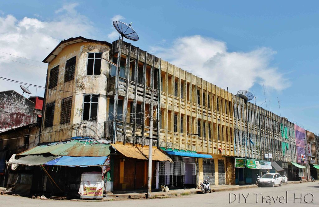 Decaying architecture in Mawlamyine
