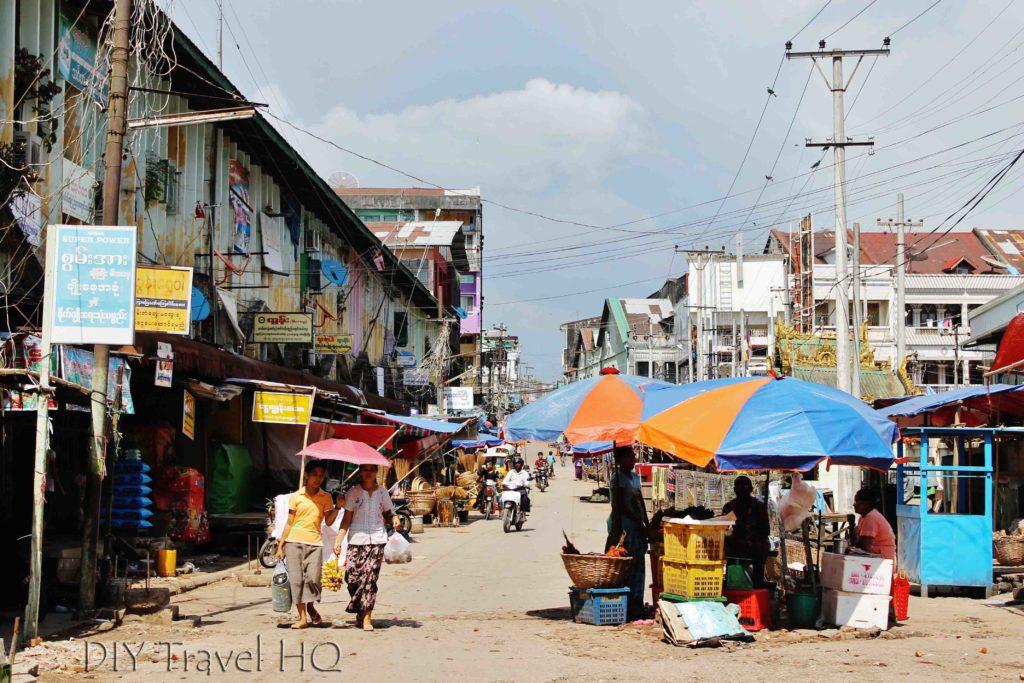 Local markets in Mawlamyine