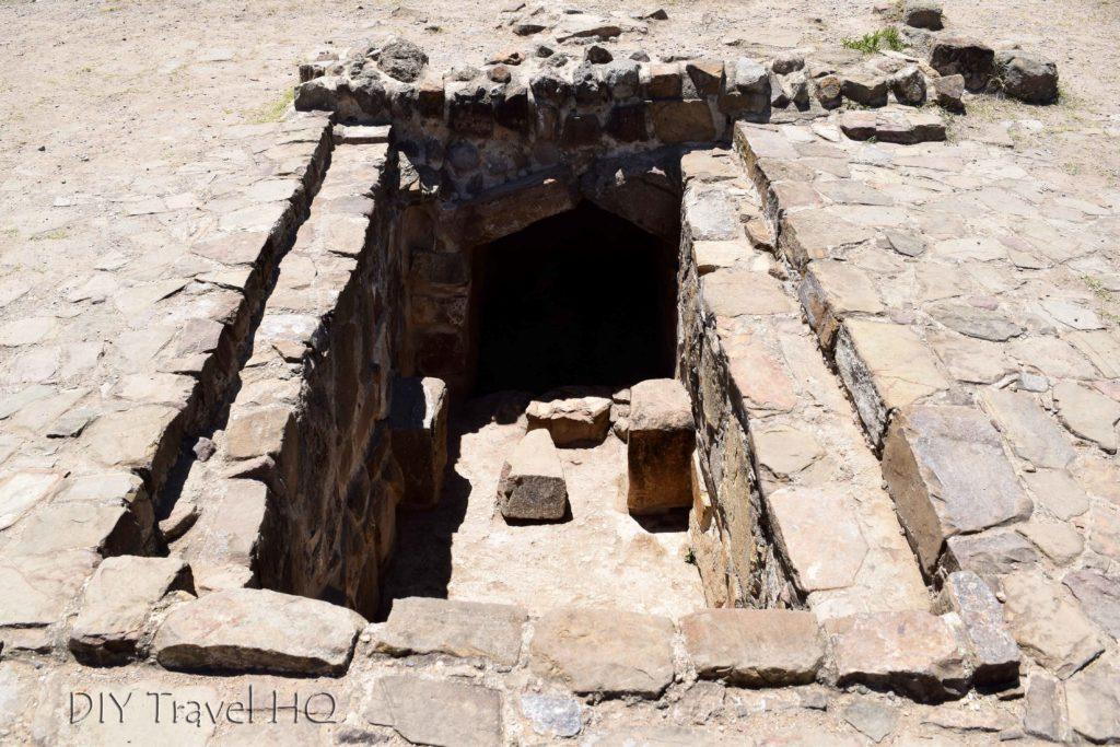 Monte Alban Ruins Residencia y Tumba 56