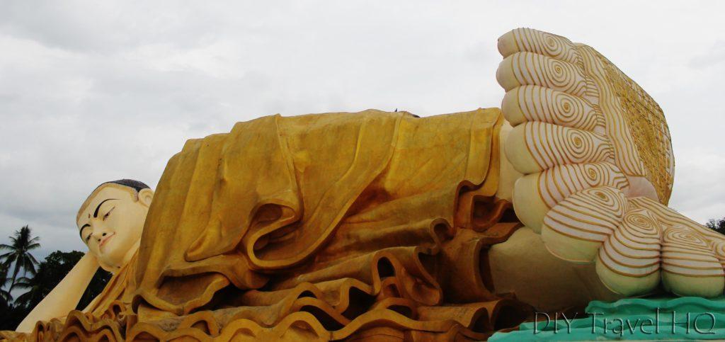 Reclining Buddha Mya Tha Lyaung