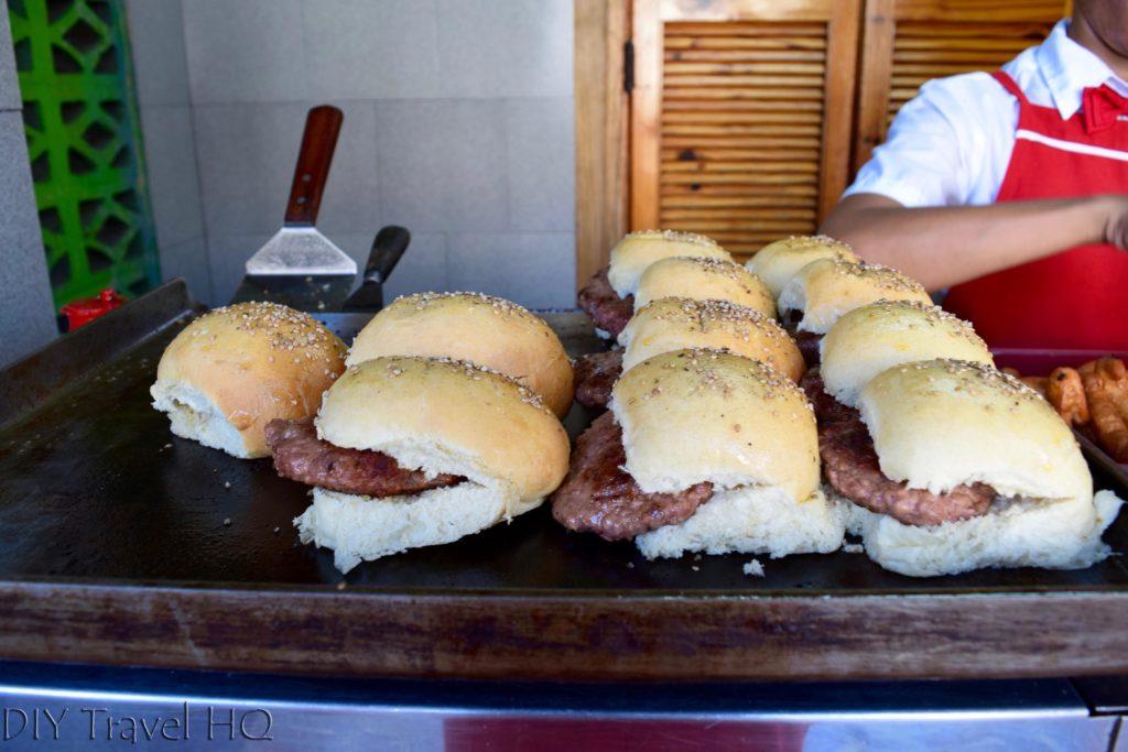 Peso Hamburgers in Havana