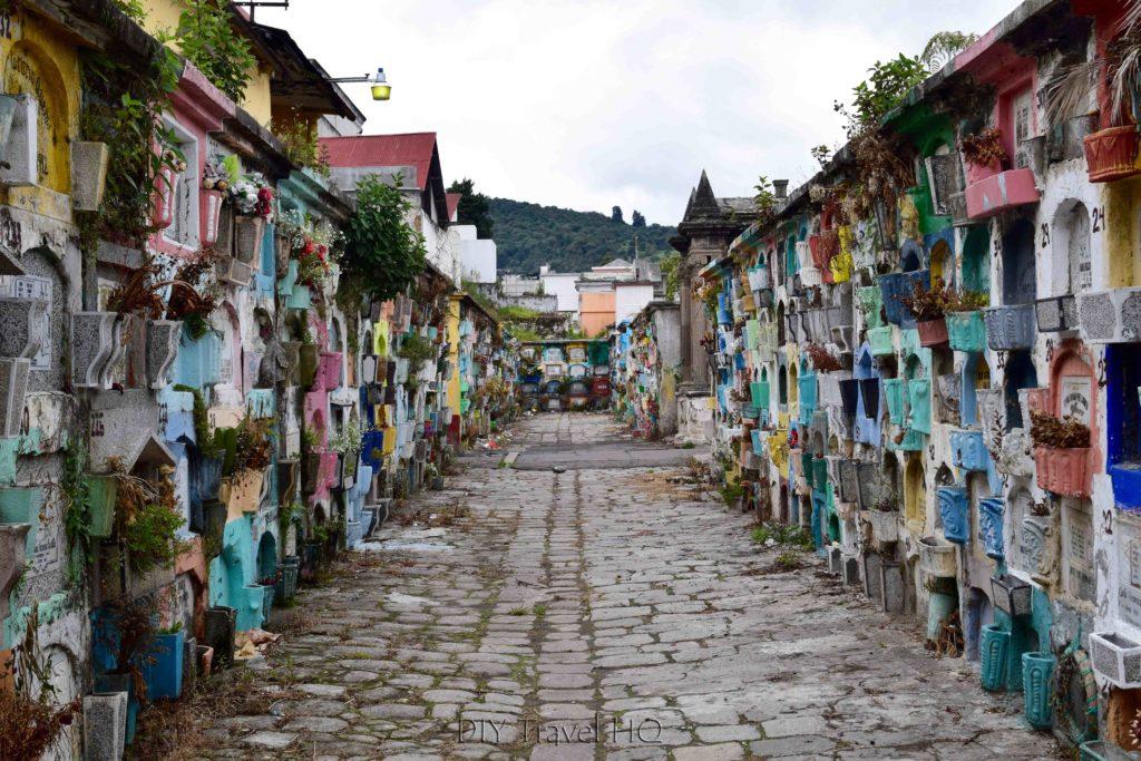 Quetzaltenango (Xela) El Calvario Cemetery Road