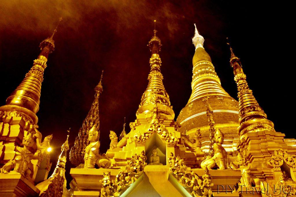 Gold stupas in Shwedagon