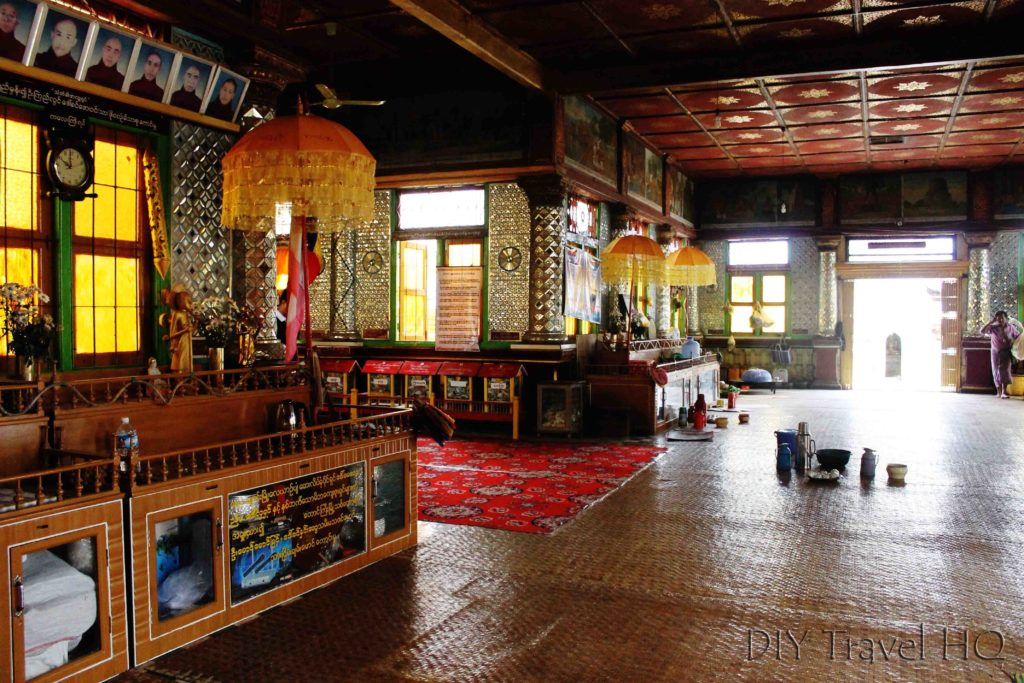 Inle Lake Shwe Indein temple