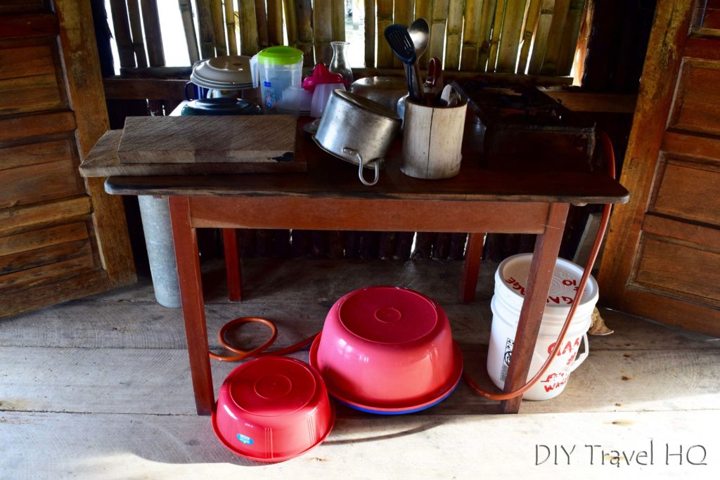 Basic kitchen in Glovers bungalow