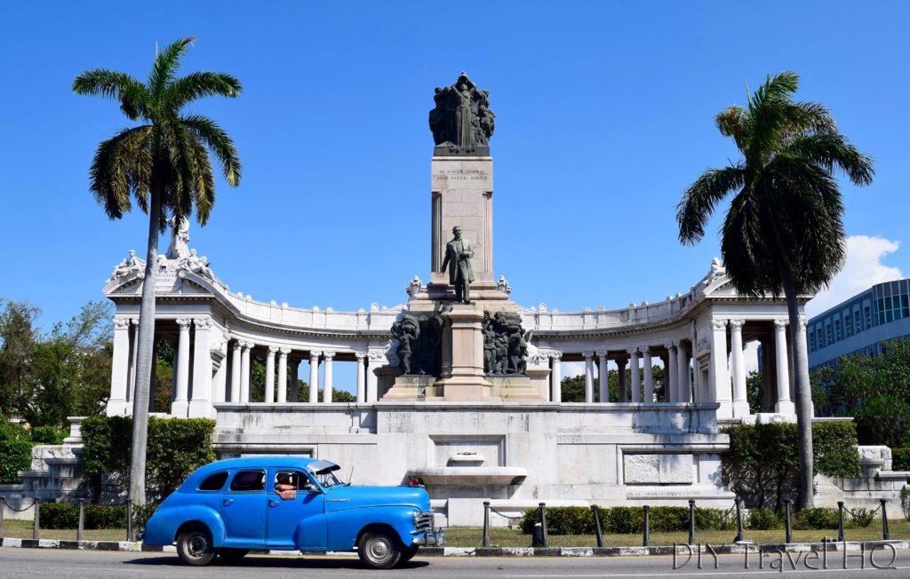 Havana Vedado Avenue de los Presidentes Monumento a Jose Miguel Gomez