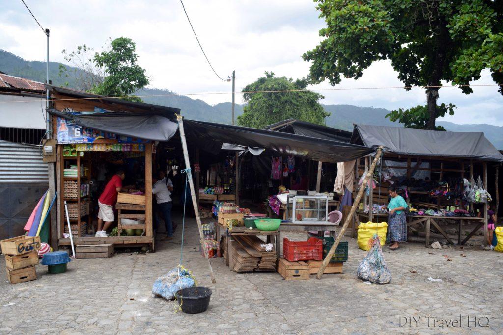Lanquin Market