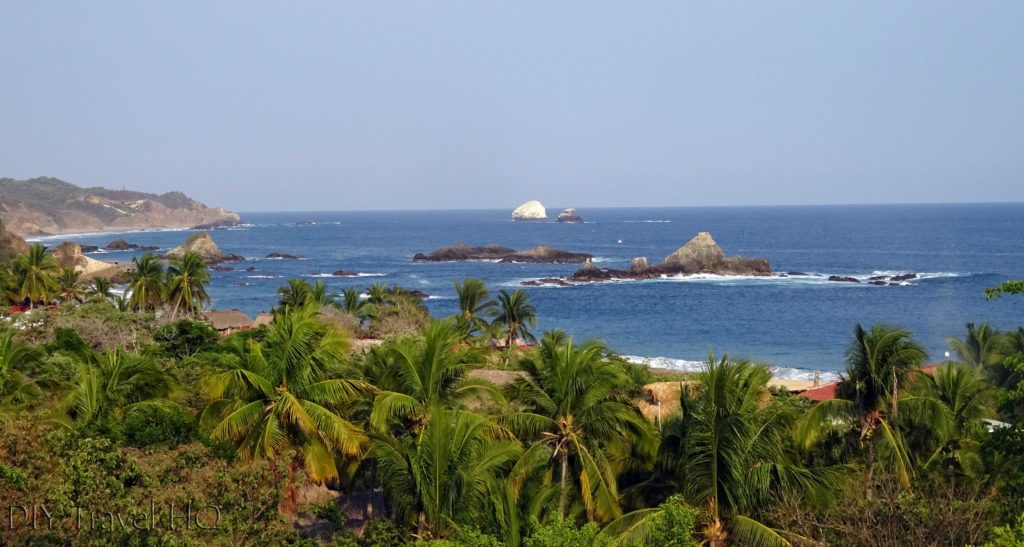 Playa Mazunte Bay Lookout