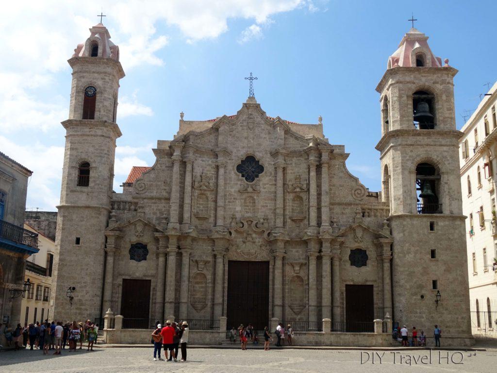 Old Havana Plaza de la Catedral Catedral de San Cristobal de la Habana