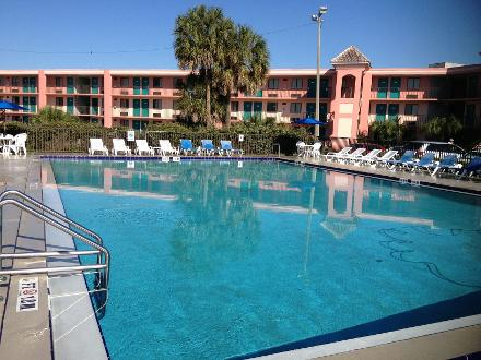 Kissimmee Budget Hotels Free Disney World Shuttles Diy Travel Hq
