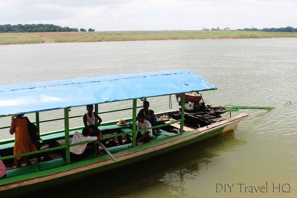 Ferry to Inwa Island