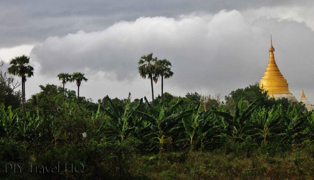 Pagoda and trees on Inwa Island