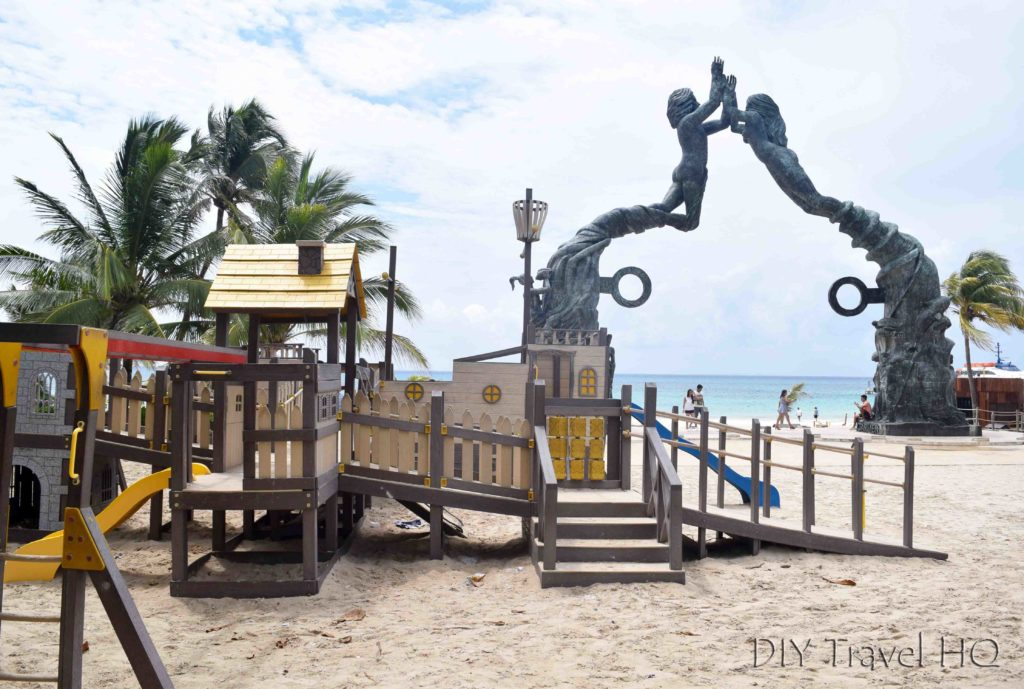 Playground & public art on Playa