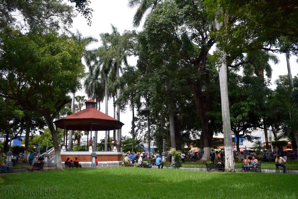 Ahuachapan Parque General Francisco Menendez