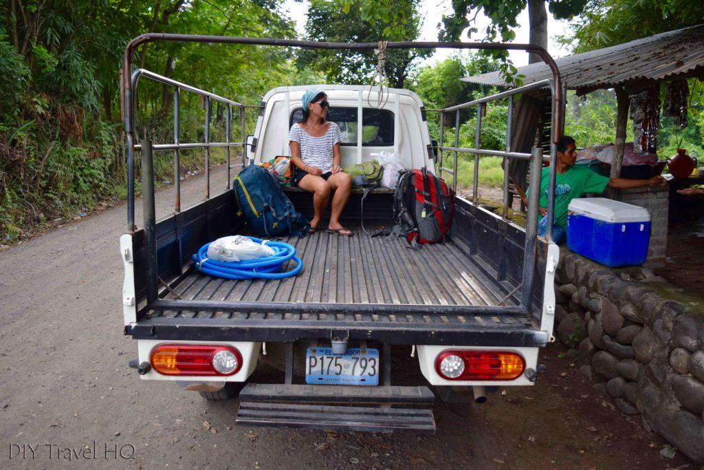 Pick-up truck to Barra de Santiago