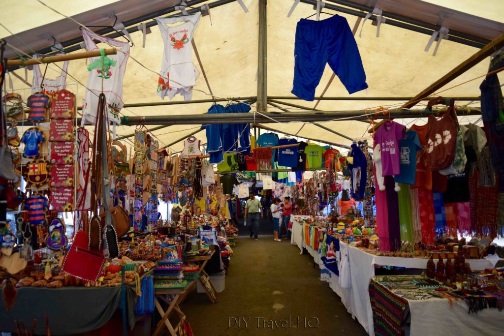 Juayua Handicrafts Market