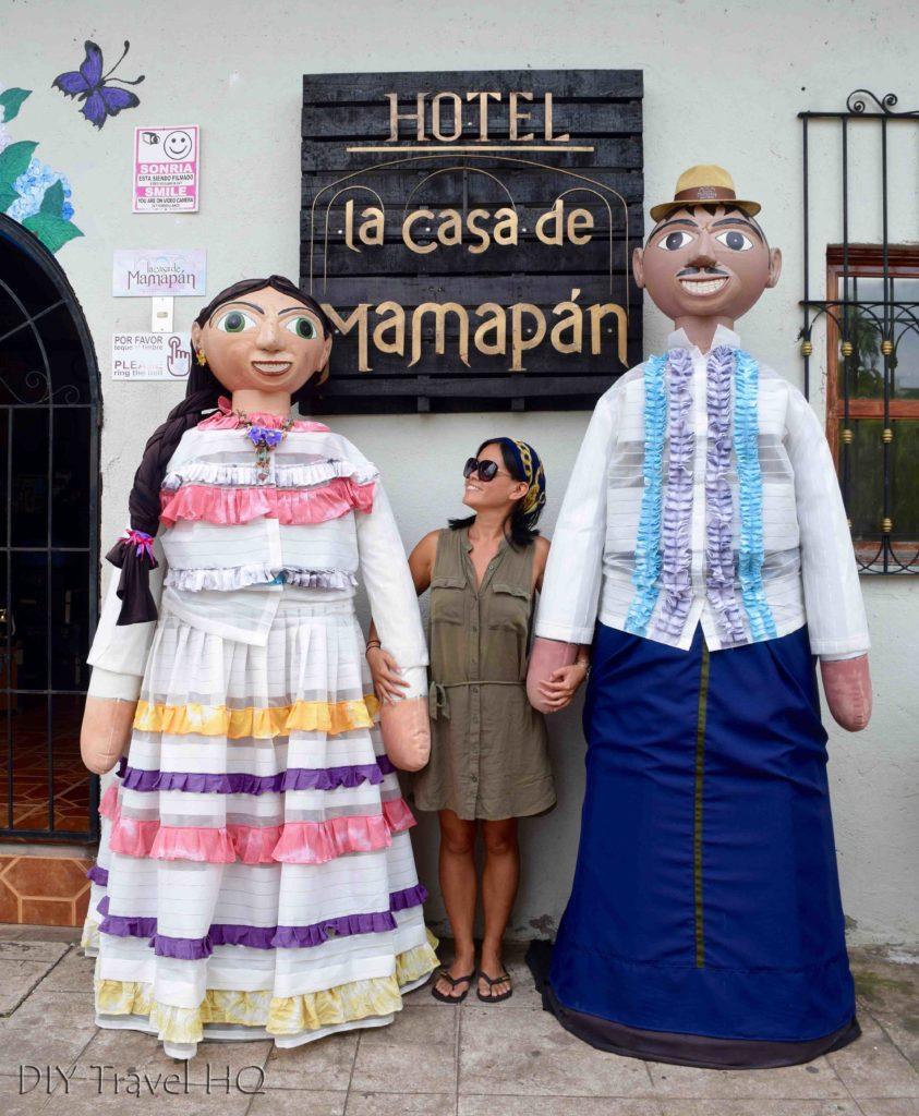 Mama Nena & Papa Chepa dolls