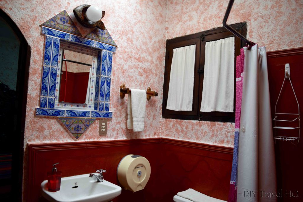 Posada Belen Museo Inn Bathroom