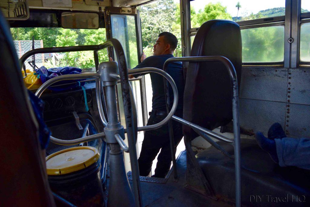 Ruta de las Flores Bus 249 Turnstile
