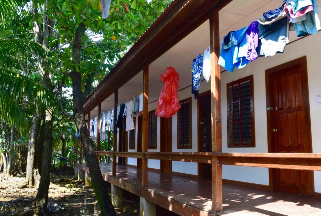 Dorm & private accommodation Utila