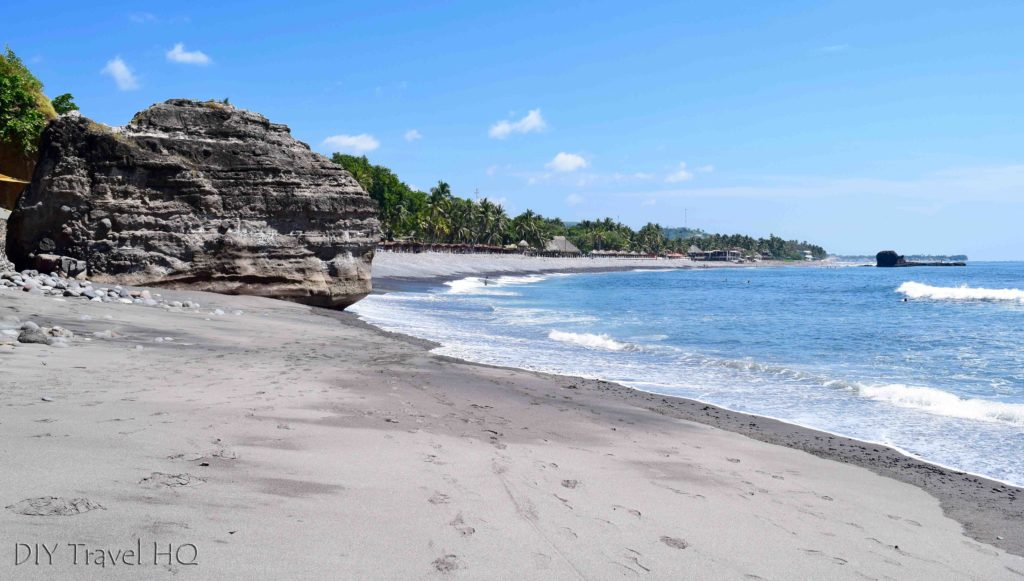 El Sunzal surf beach