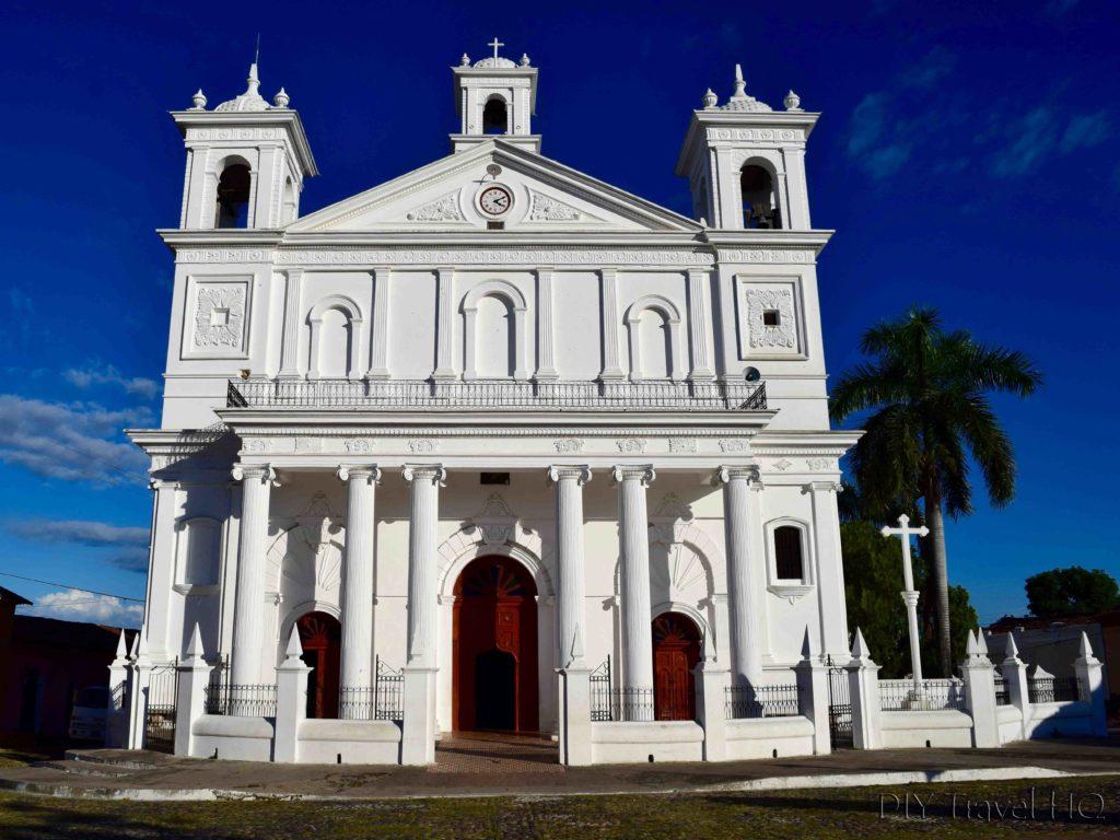 Iglesia Santa Lucia Suchitoto